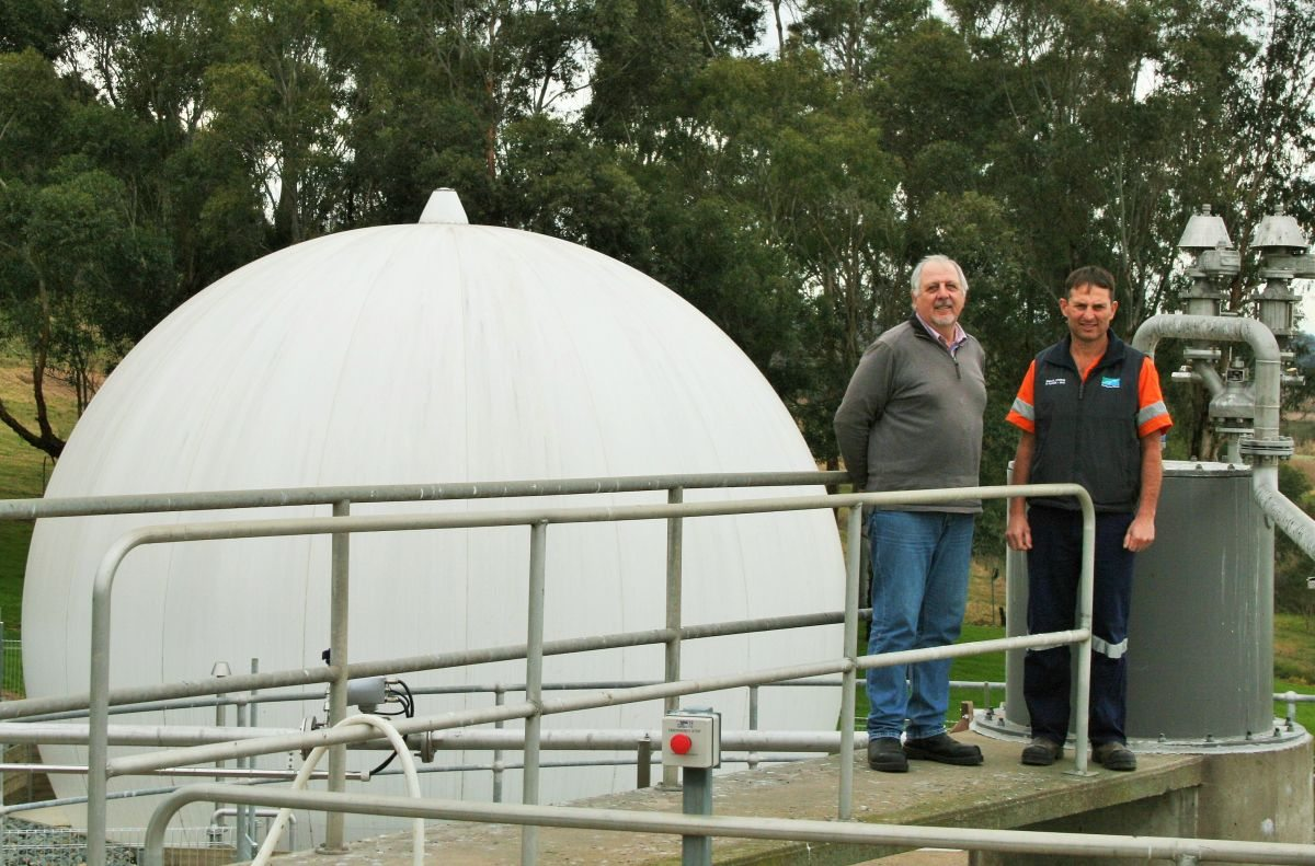 Monitoring the new facility are East Gippsland Water Project Engineer,<br>Hardy Fandrich (left) and treatment operator, Dino Giove. Picture: East Gippsland Water
