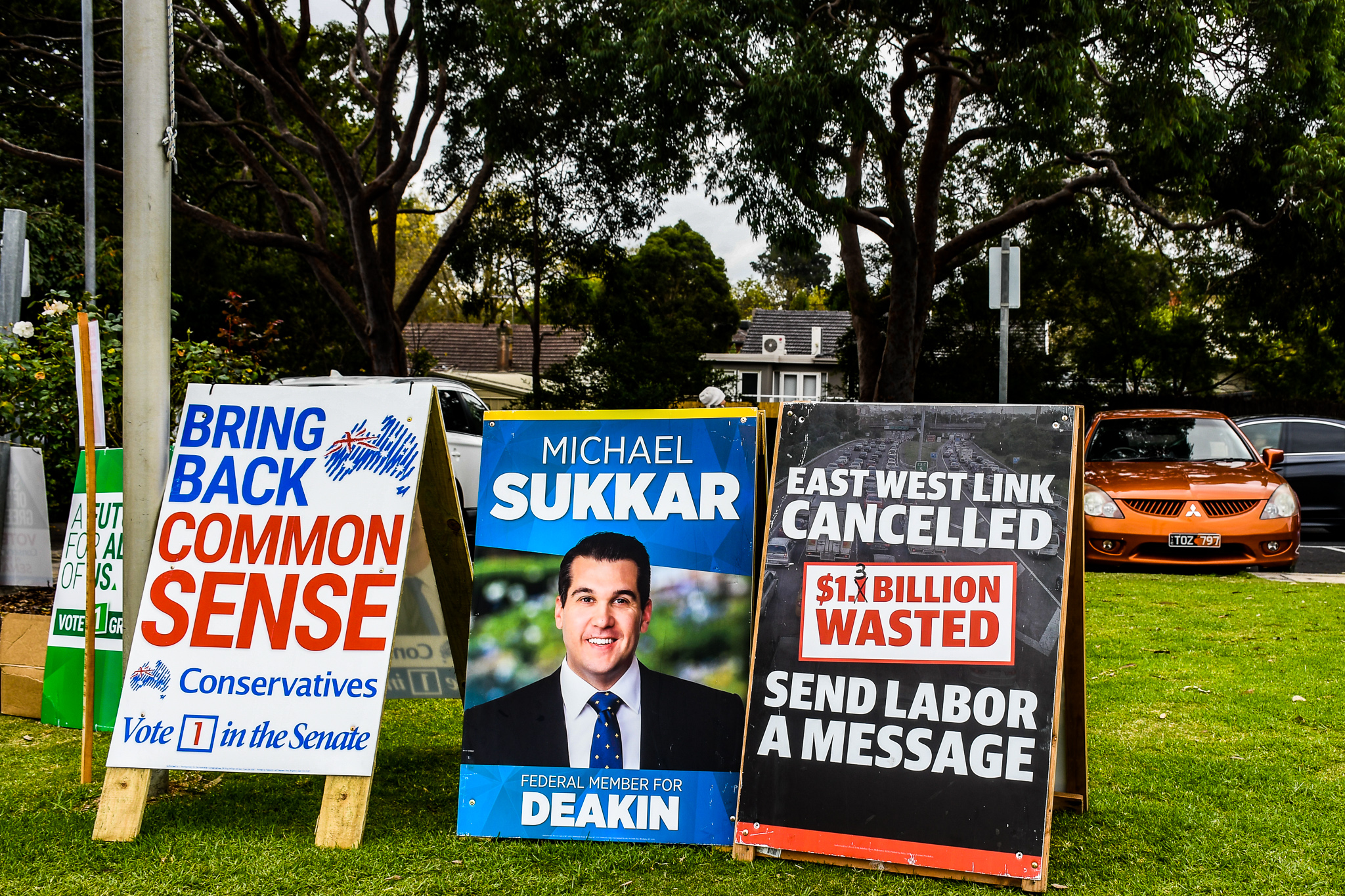Deakin Dispatch: Is that a democracy sausage, or are you just pleased to see me?