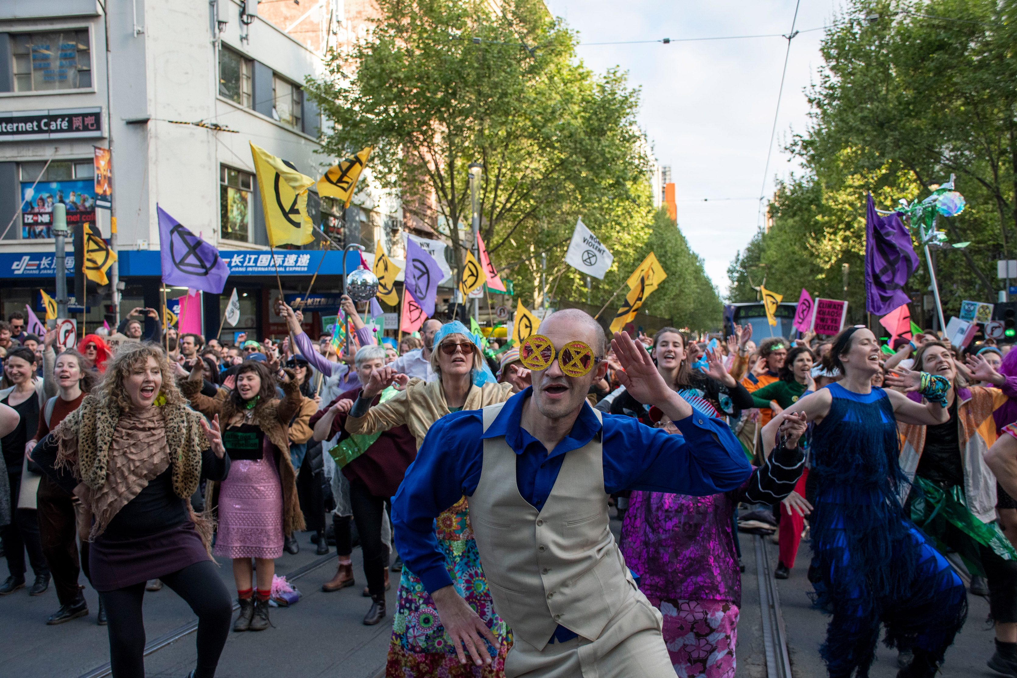 Rebel yell on streets of Melbourne as climate activists fight extinction