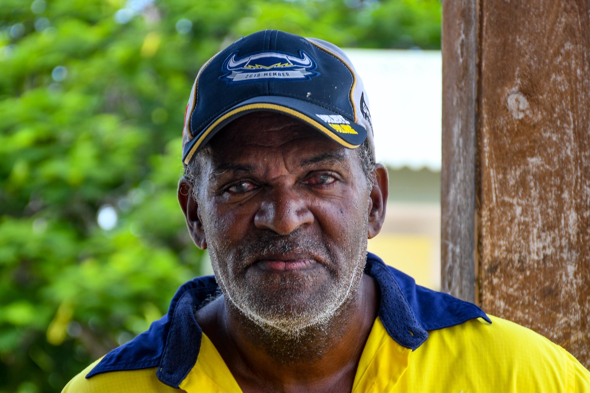 Longtime Warraber fishermen Boggo Billy has a huge family – six children and ten grandchildren – to support.