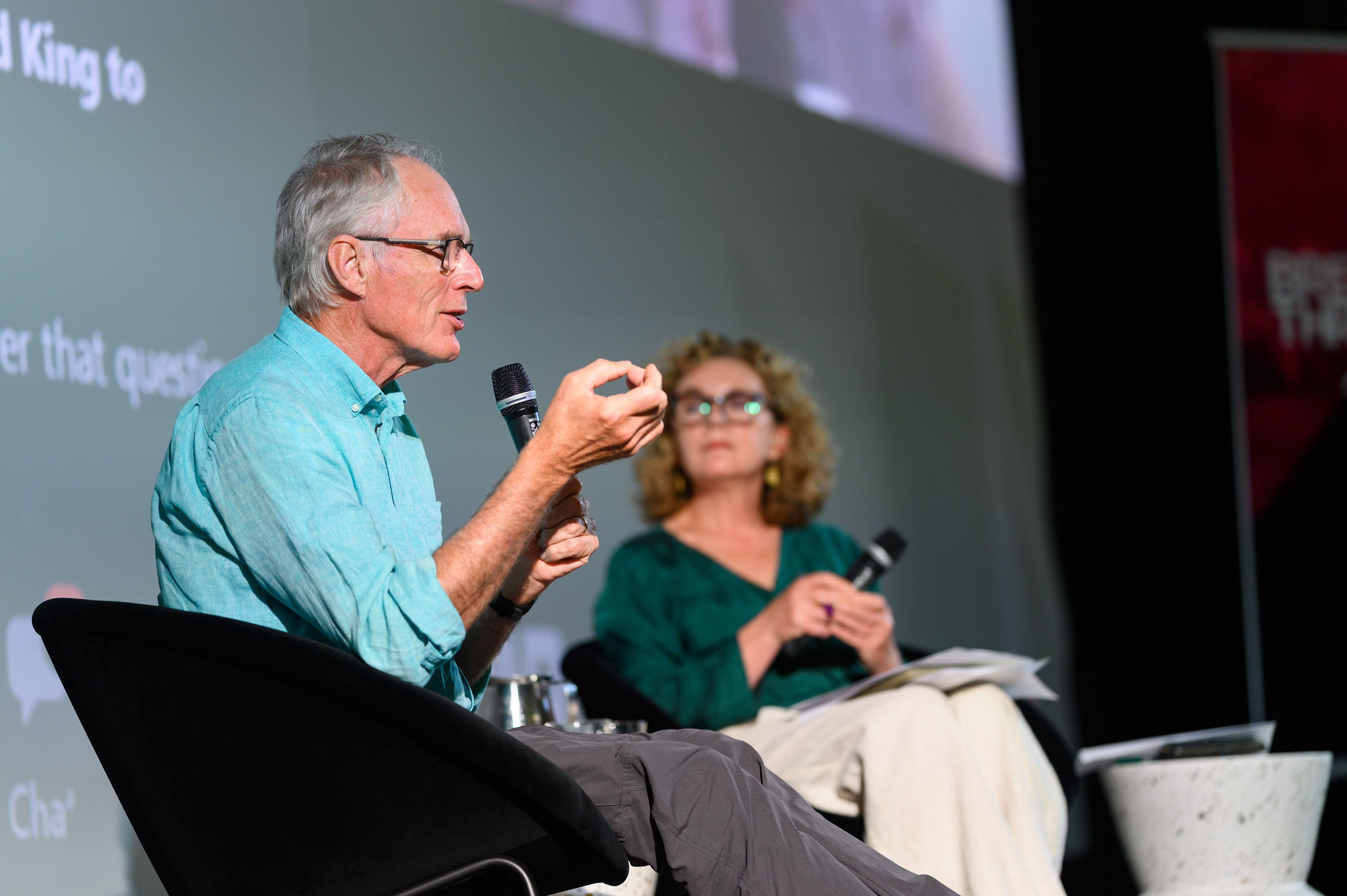 Climate analyst and esearch director at the Breakthrough National Centre for Climate Restoration David Spratt, with session moderator Jo Chandler, editor of The Citizen and science journalist. Image: Julian Meehan